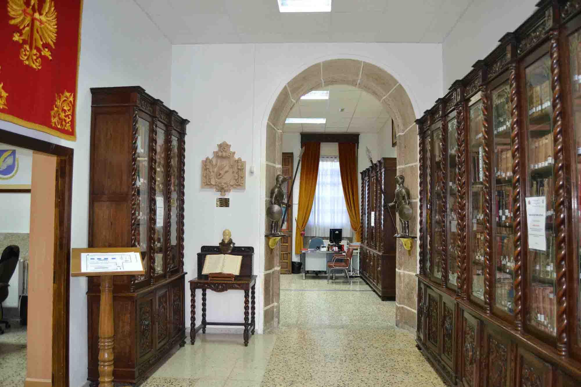 Biblioteca - Hall